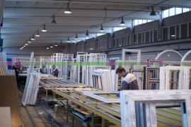 Разнорабочий на фабрику окон (Польша)